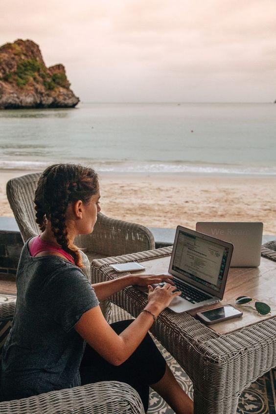 Học Online khi đi du lịch