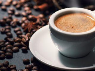 Không nên uống cafe trước khi chuẩn bị mang thai
