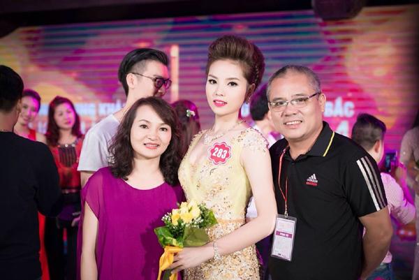 Hoa hậu Nguyễn Cao Kỳ Duyên và gia đình