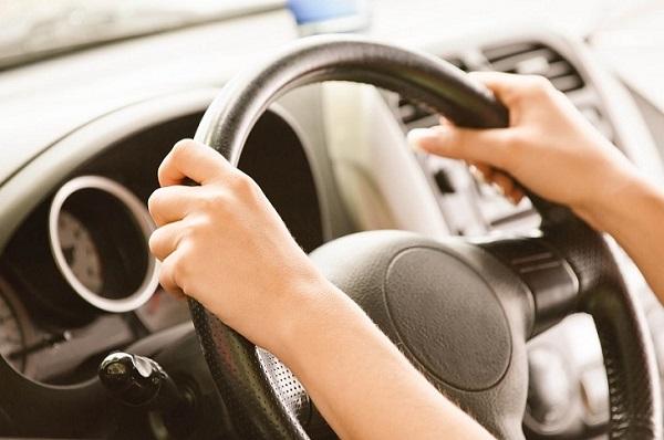 Sử dụng cảm biến áp suất lốp sẽ giúp việc di lại an toàn hơn