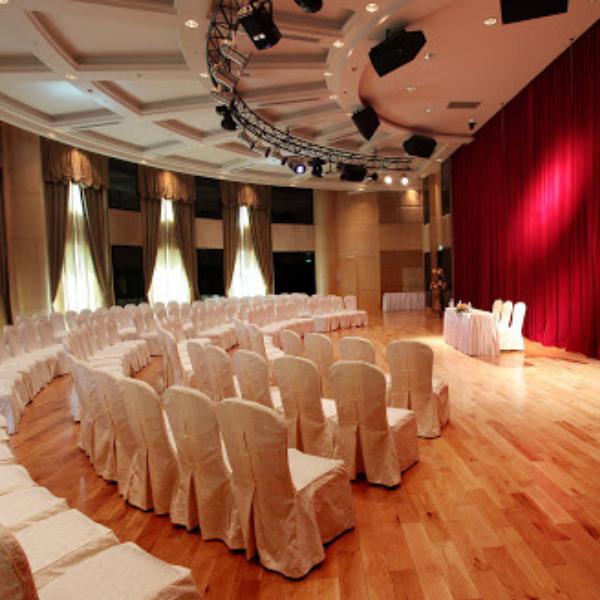 Hà Nội địa điểm cho thuê không gian tổ chức triển lãm giá rẻ