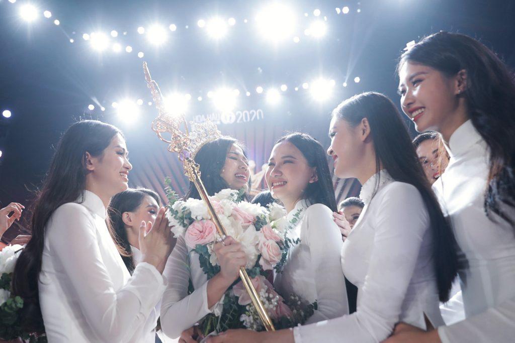 Khoảnh khắc đăng quang hoa hậu Việt Nam 2020