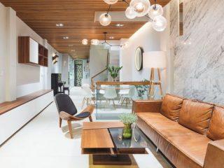 Phòng khách được thiết kế liền bếp