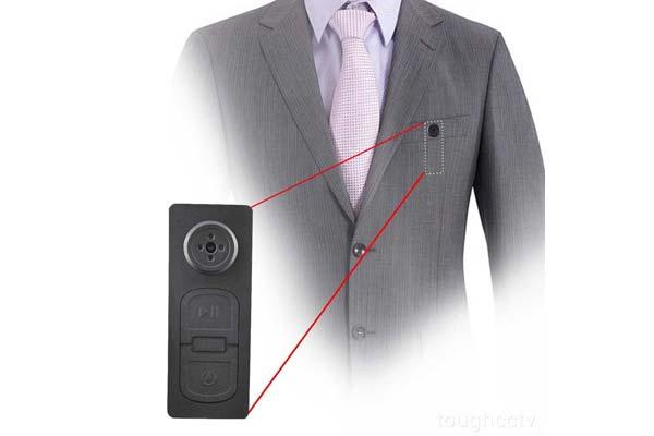 Camera mini ngụy trang trên áo
