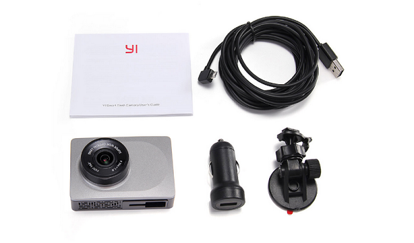 Camera hành trình Xiaomi Yi DVR 1080p khá nhỏ gọn