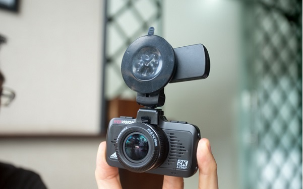 Camera hành trình Webvision S8 là sản phẩm phân khúc camera hành trình ô tô giá rẻ được nhiều bác tài tin tưởng