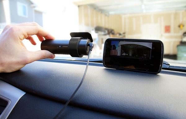 Tùy nhu cầu mà các bác lựa chọn camera hành trình ô tô giá rẻ sao cho phù hợp.