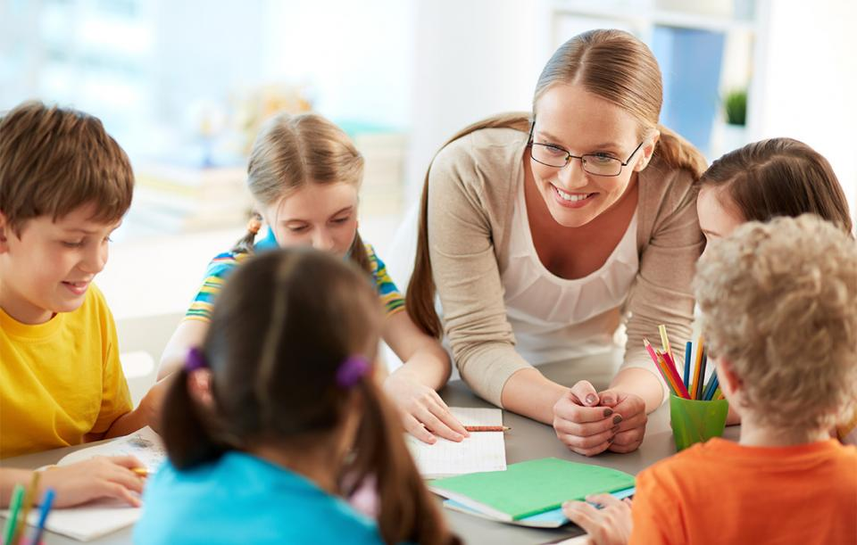 hình thành tư duy cho trẻ bằng cách giáo dục
