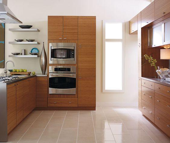 Tạo khoảng không gian trống trong căn bếp trong phong cách thiết kế tủ bếp Nhật