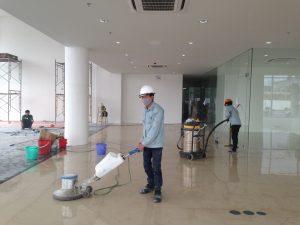 Dịch vụ vệ sinh công nghiệp sử dụng các loại máy chà sàn