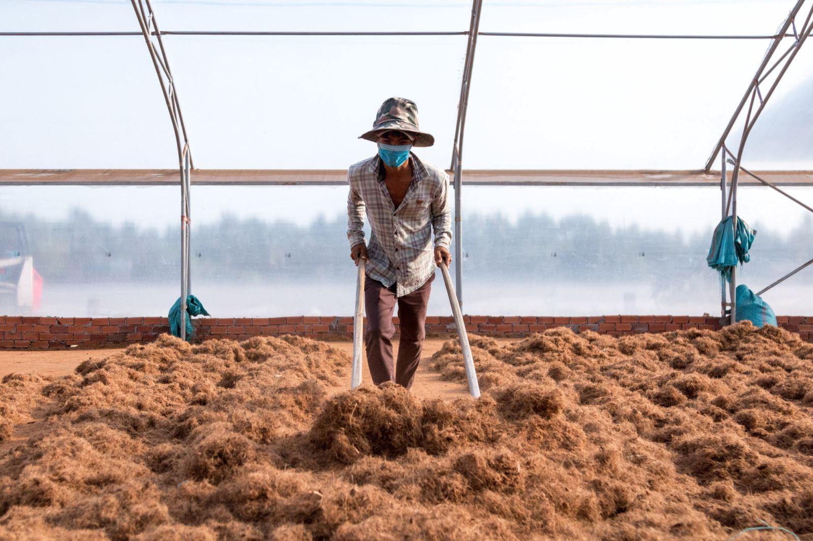 cách sản xuất mụn dừa