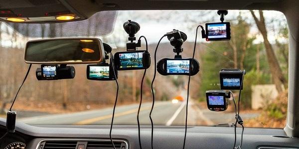 Camera hành trình ô tô sẽ giúp các bác lái xe an toàn.