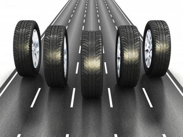 Bridgestone cũng là một hãng lốp khá phổ biến.